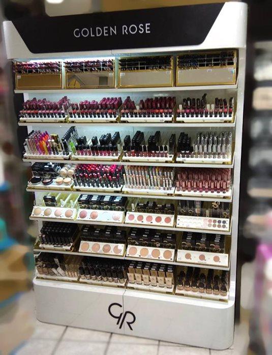 Ανανεωμένο makeup stand στο Beauty Store Koukousianos στα Πατήσια ... 922f6f4b62f